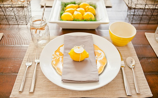 Thanksgiving-Place-Setting-with-Lemons-1000blog